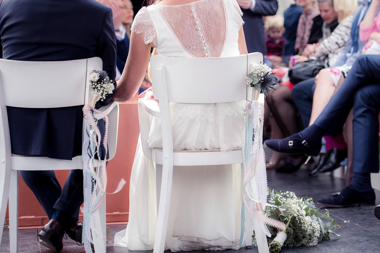 freie Trauung, Rückansicht des Brautpaares in der Barkasse
