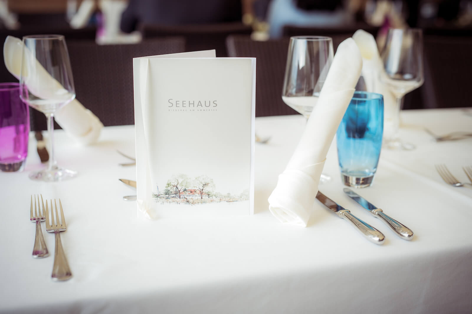 Hochzeit mit Babybauch - Tischdeko im Seehaus Riederau