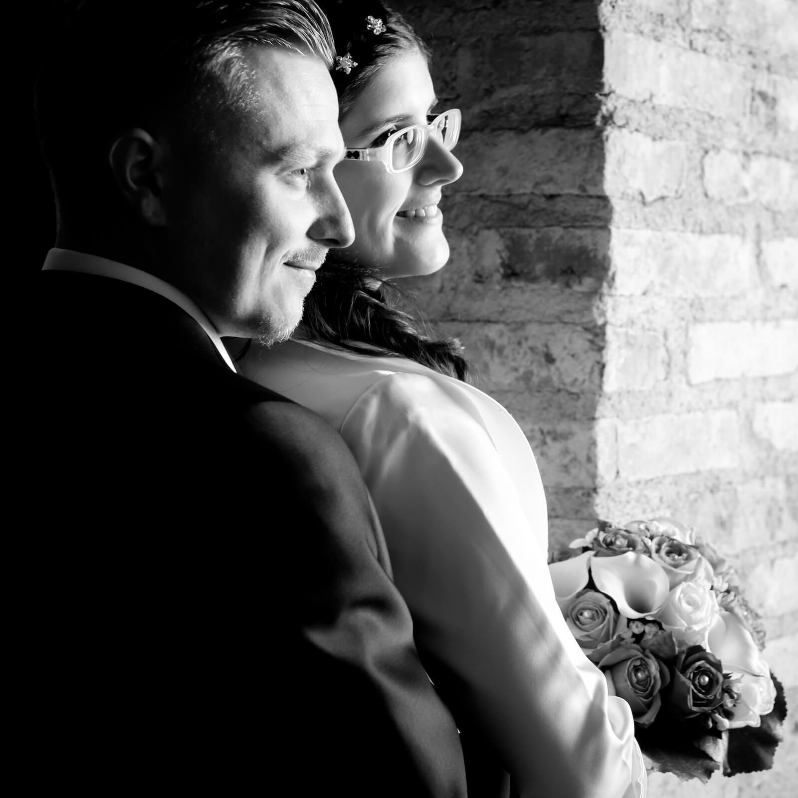 kirchliche Trauung in Landsberg - Brautpaar beim Shooting